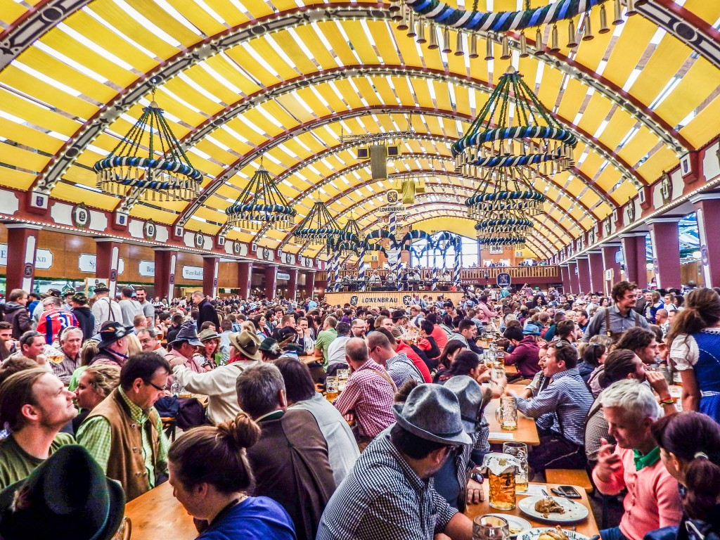 Lowenbrau beer tent at Oktoberfest in Munich Germany : best tents at oktoberfest - memphite.com