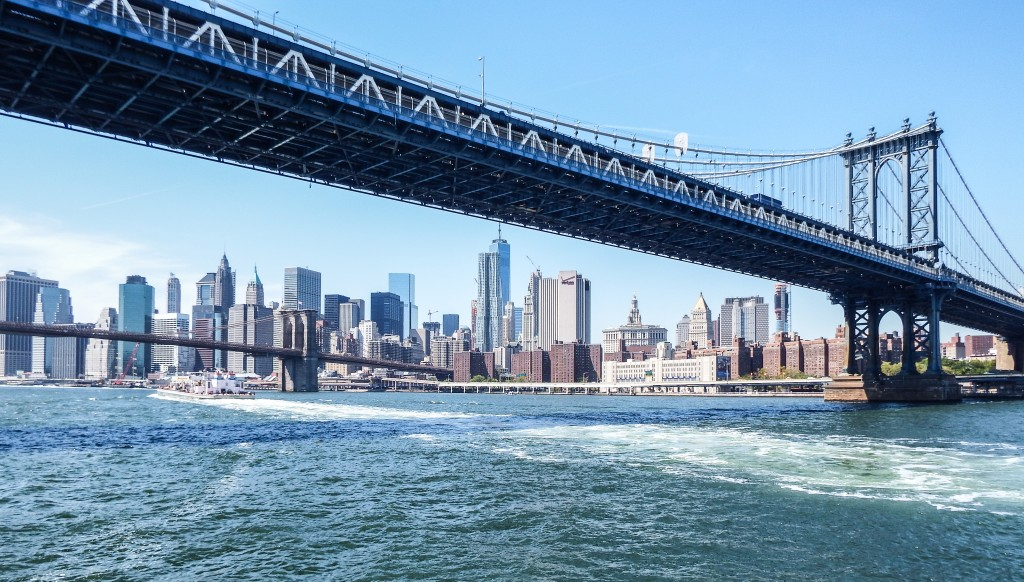 Manhattan Bridge and Hornblower New York