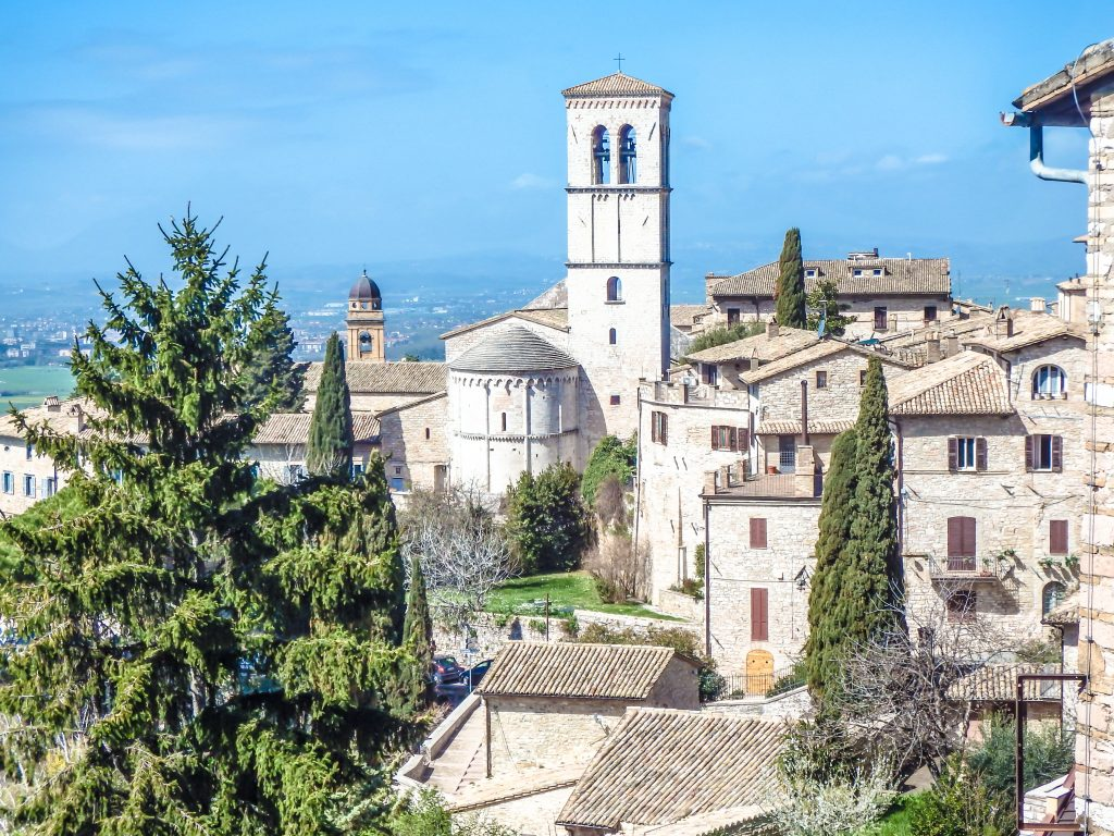 francis of assisi essay Essay saint fancis of assisi saint francis was born in 1182, in assisi italy his real name is giovanni francesco bernardone, but his father wanted him to be called.